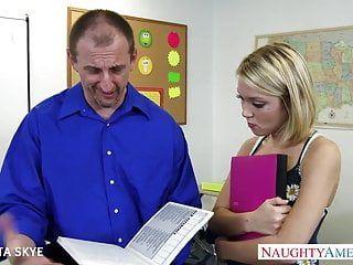 Slender dakota skye acquires nailed by her boss